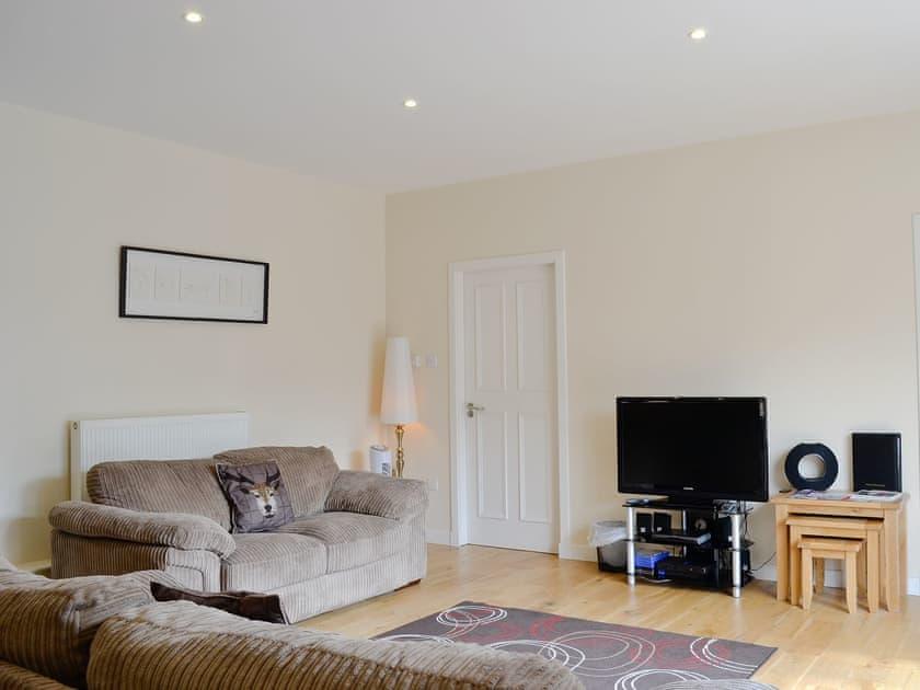 Living room   Auchendennan - Courtyard Studio, Arden, Alexandria