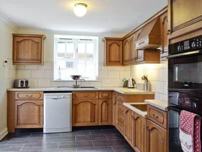 Kitchen | Auchendennan  - Burnbeag, Arden, Alexandria