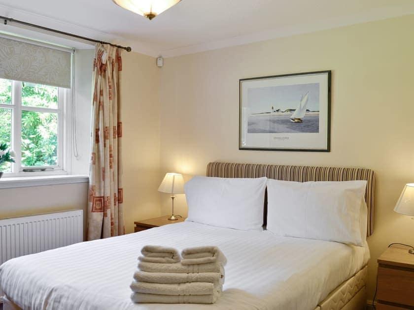 Double bedroom | Auchendennan  - Burnbeag, Arden, Alexandria