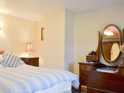Double bedroom   Glan Wye, Rhayader