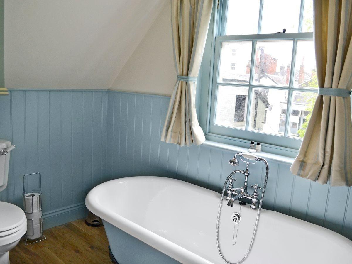 Sawmill Cottage (ref PPPT) in Tunbridge Wells, Kent | English ...