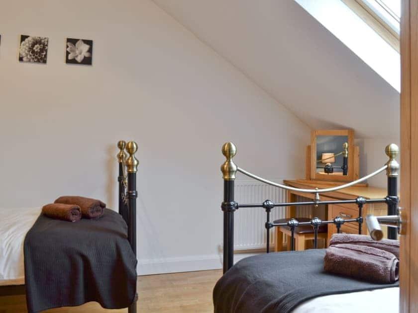 Pleasant twin bedroom | Bwlch Y Person Barns -Cartws - Bwlch Y Person Barns, Dihewyd, near Aberaeron