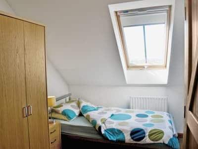 Twin bedroom | Stobthorn Cottage, Brompton near Northallerton
