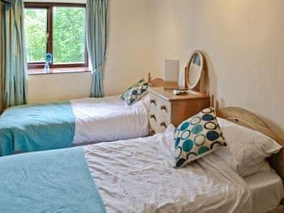Twin bedroom | The Barnhouse, Hawes