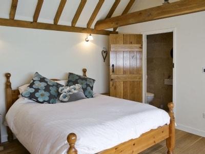 Double bedroom | Cider Cottage, Etchingham