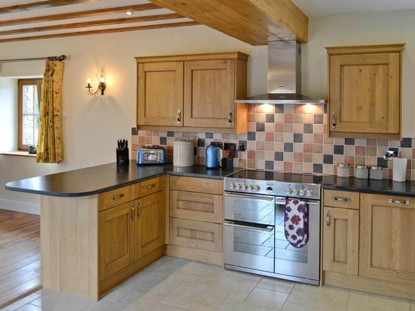 Kitchen | Ffynnonmeredydd Cottages - The Mill, Mydroilyn, nr. Aberaeron