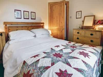 Comfortable double bedroom | Garden Cottage, Linlithgow, near Edinburgh