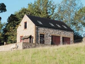 Annie's Meadow - Meadowside