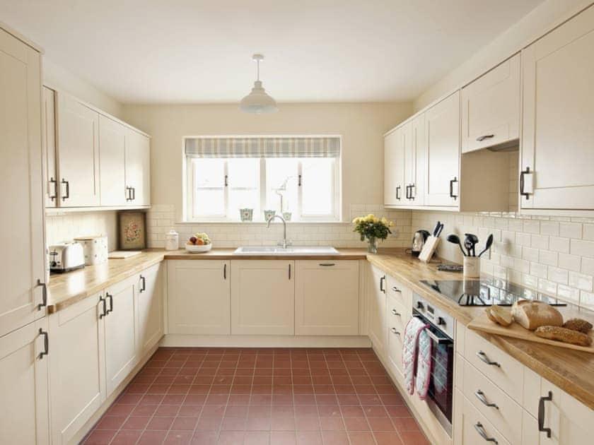 Kitchen   Scalby Lodge - Scarborough Cottage, Scalby, Scarborough