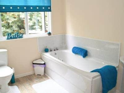 Bathroom | Bryn Euryn Cottage, Rhos-on-Sea, nr. Colwyn Bay