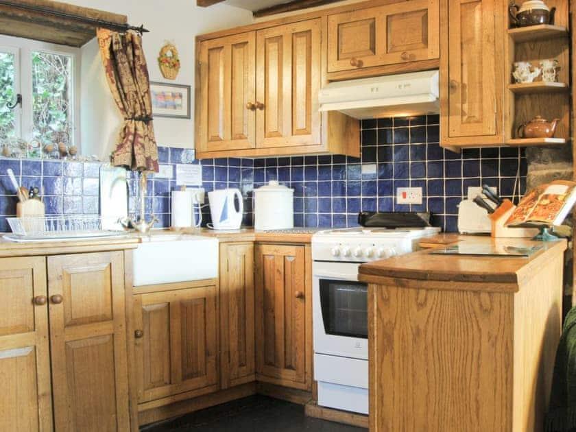 Kitchen | Annies Cottage, Llanrhaeadr-ym-Mochnant