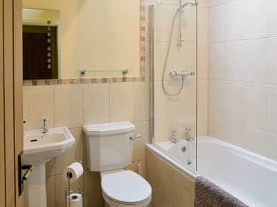 Bathroom | Buttercup Cottage, Ripley near Harrogate