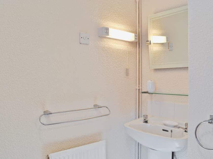 Bathroom    Wayside Farm Cottages - Dairy Cottage, Cloughton, nr. Scarborough