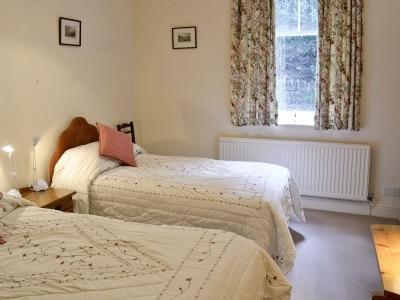 Twin bedroom | Hazelwood Court - Chippendale, Grange-over-Sands