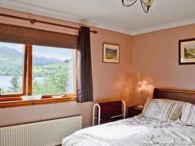 Double bedroom | Lochside View, Lochearnhead