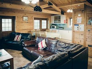 No. 6 Lake View Lodge