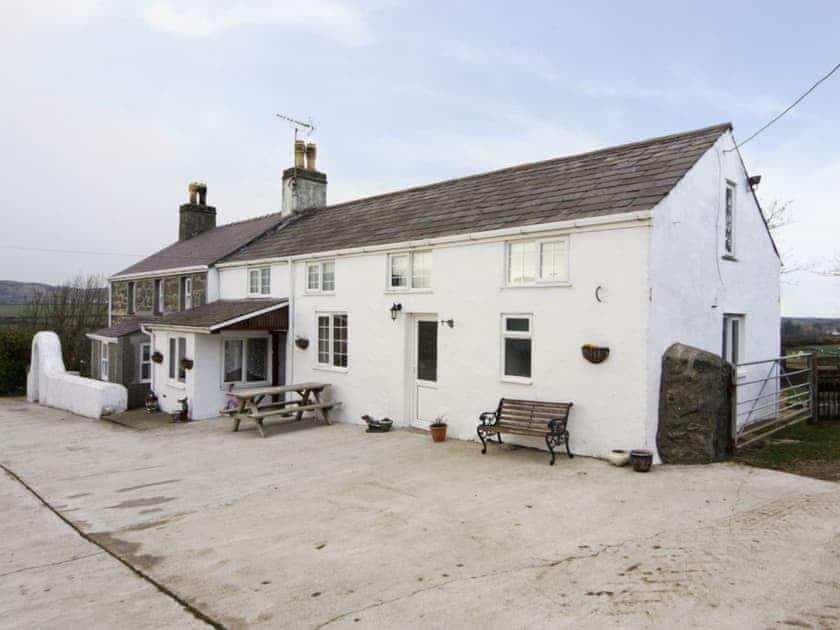Exterior | Deuglawdd Cottage, Aberdaron, nr. Pwllheli