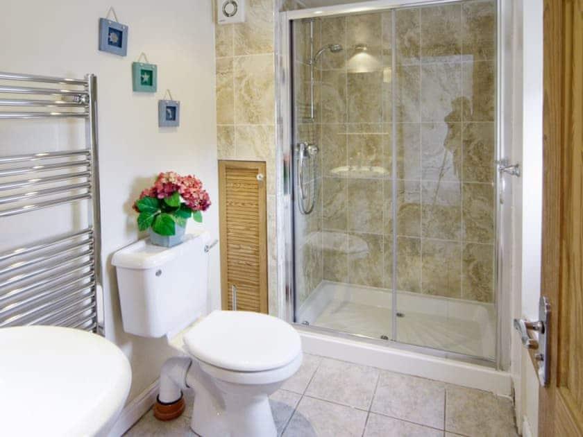 Bathroom | Deuglawdd Cottage, Aberdaron, nr. Pwllheli