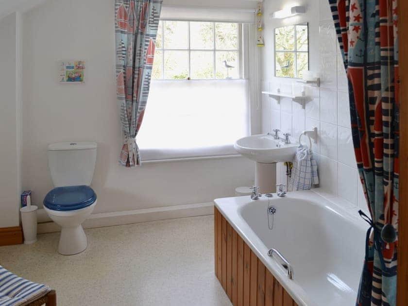 Bathroom   Coachman's Cottage, West Runton