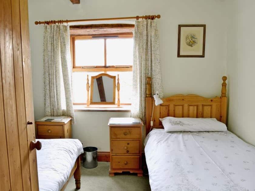 Twin bedroom | Cruck End, Crackenthorpe, Appleby