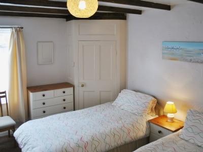 Twin bedroom | Bloomswell, Robin Hood's Bay