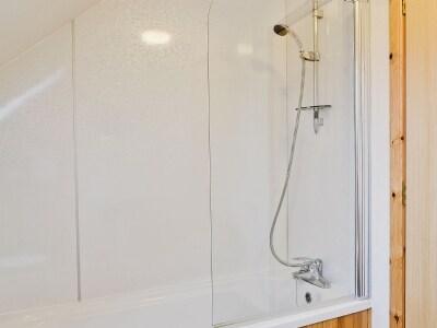 Bathroom | Torgorm, Strath, Gairloch