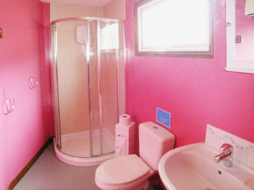 Shower room | Summer Time, Brundall, nr. Norwich