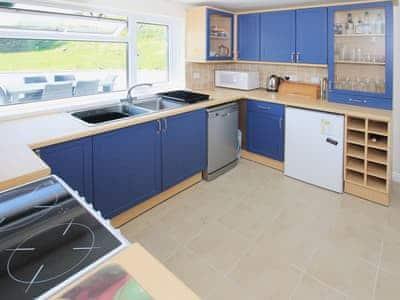 Kitchen | Water's Edge, Dale