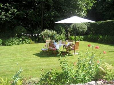 Garden | Llety Pinc, Llanfairpwllgwyngyll, Anglesey