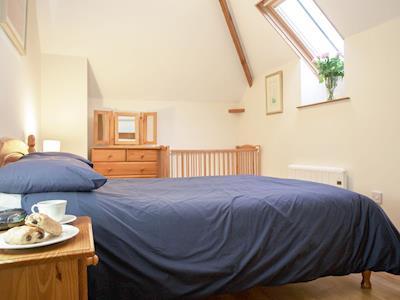 Double bedroom | Ashcombe - Owl Cottage, Ashcombe, nr. Dawlish