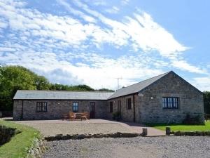 Trescowe Farm Barns - Crofty