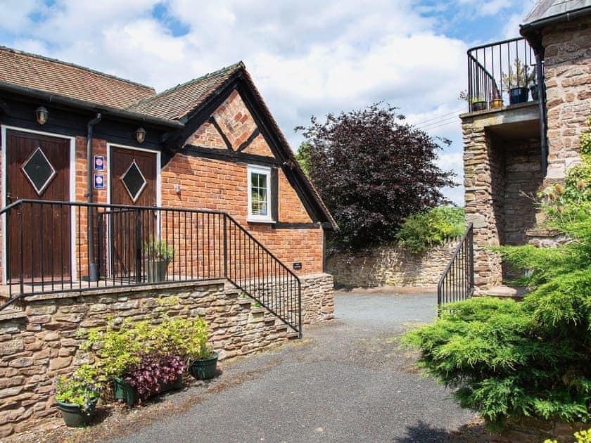 Ashton Court Holiday Cottages - East Granary