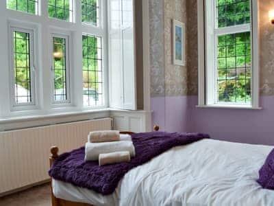 Double bedroom | Llys Y Craig, Near Penraeth