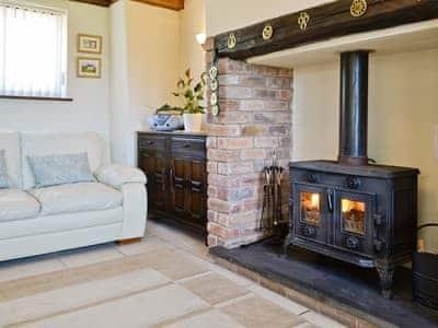 Living room/dining room | Siabod, Llanddoged, Llanrwst