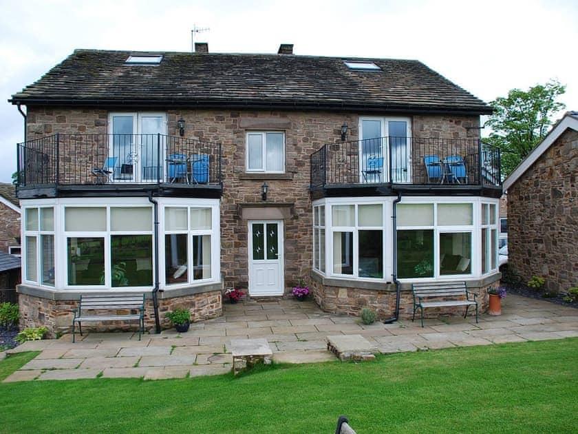 Shallcross Hall Cottages - Toddbrook