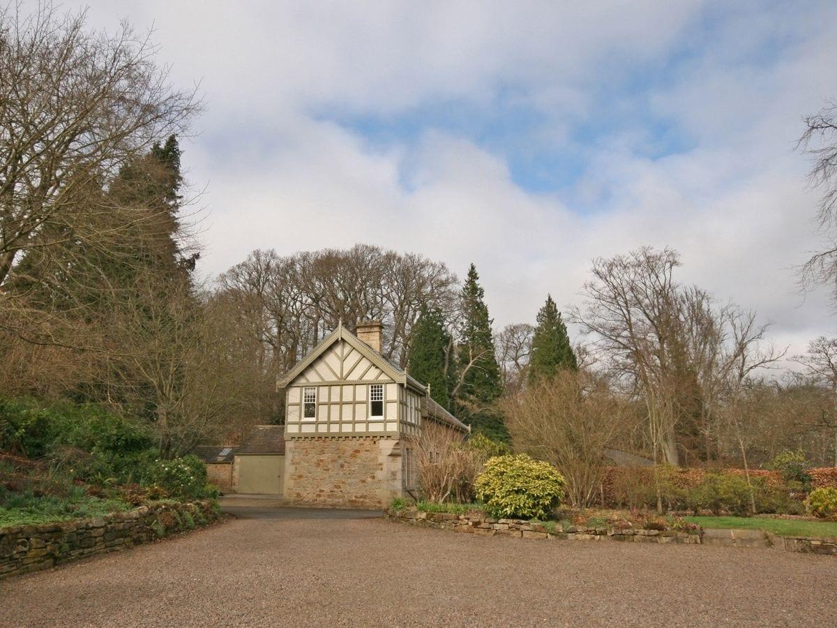 Holiday Cottages Northumberland: Linnels Coach House, Hexham, Sleeps 6   cottages.com