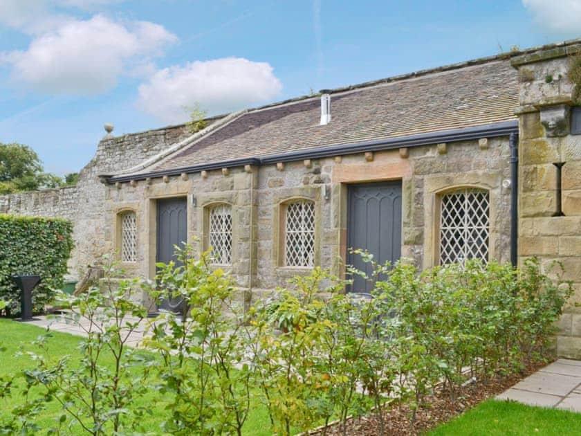 Lemmington Hall Cottages - Button Cottage