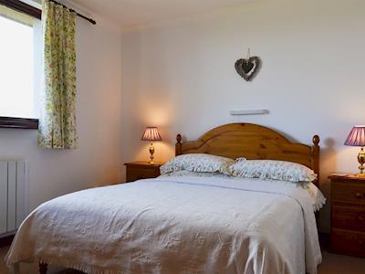 Double bedroom | Buaile Nan Carn, Hungladder, Isle of Skye