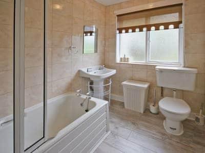 Bathroom | Wellwood, Kelso