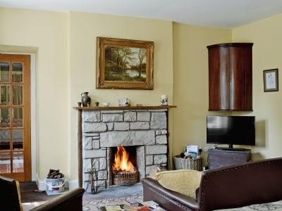 Living room   Annick Lodge Mains, near Irvine, Ayrshire