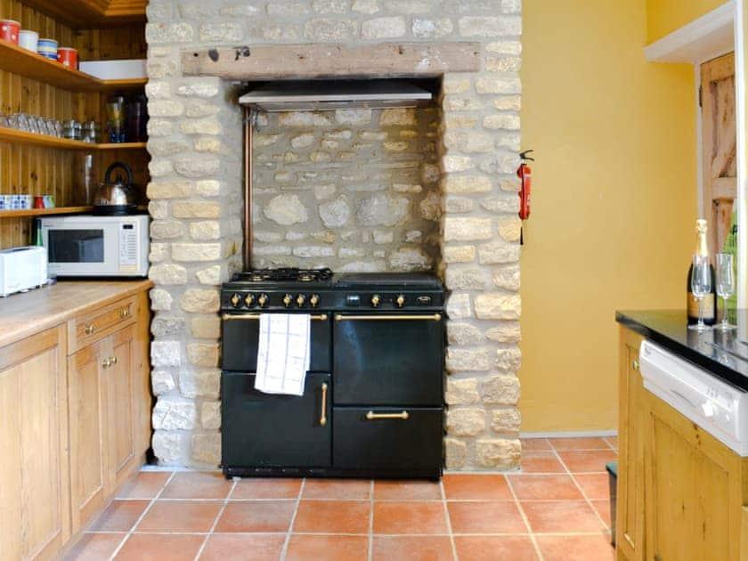 Kitchen   Gravel Cottage, Weston-sub-Edge, nr. Chipping Campden