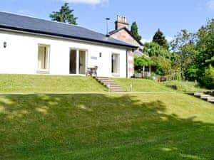 Auchendennan - Ivy Cottage