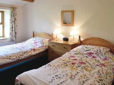 Twin bedroom | Aysgill Cottage, Gayle near Hawes