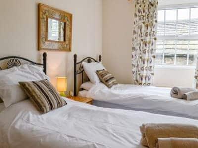 Comfy twin bedroom | Gran's Cottage, Askrigg