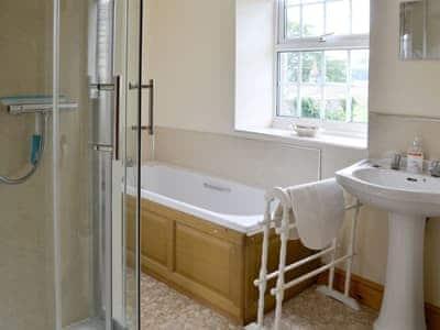 Bathroom | Gran's Cottage, Askrigg