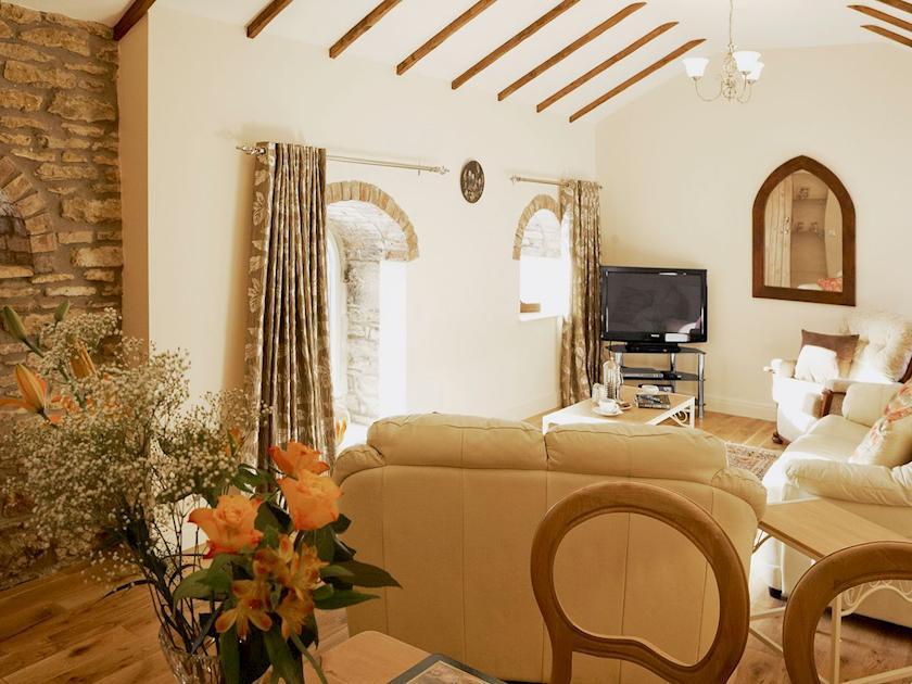 Living room | Topaz Cottage - Basin Howe Farm, Sawdon near Scarborough