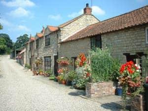 Sands Farm Cottages - Poppy Cottage