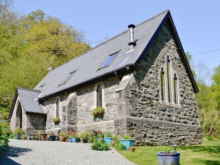 St John The Baptist Mission Church