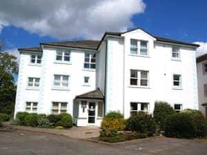 3 Greta Grove House
