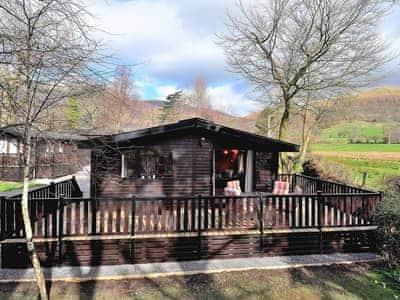Luxury pine log cabin in a fantastic setting | Derwent Lodge - Burnside Park - Burnside Park, Keswick